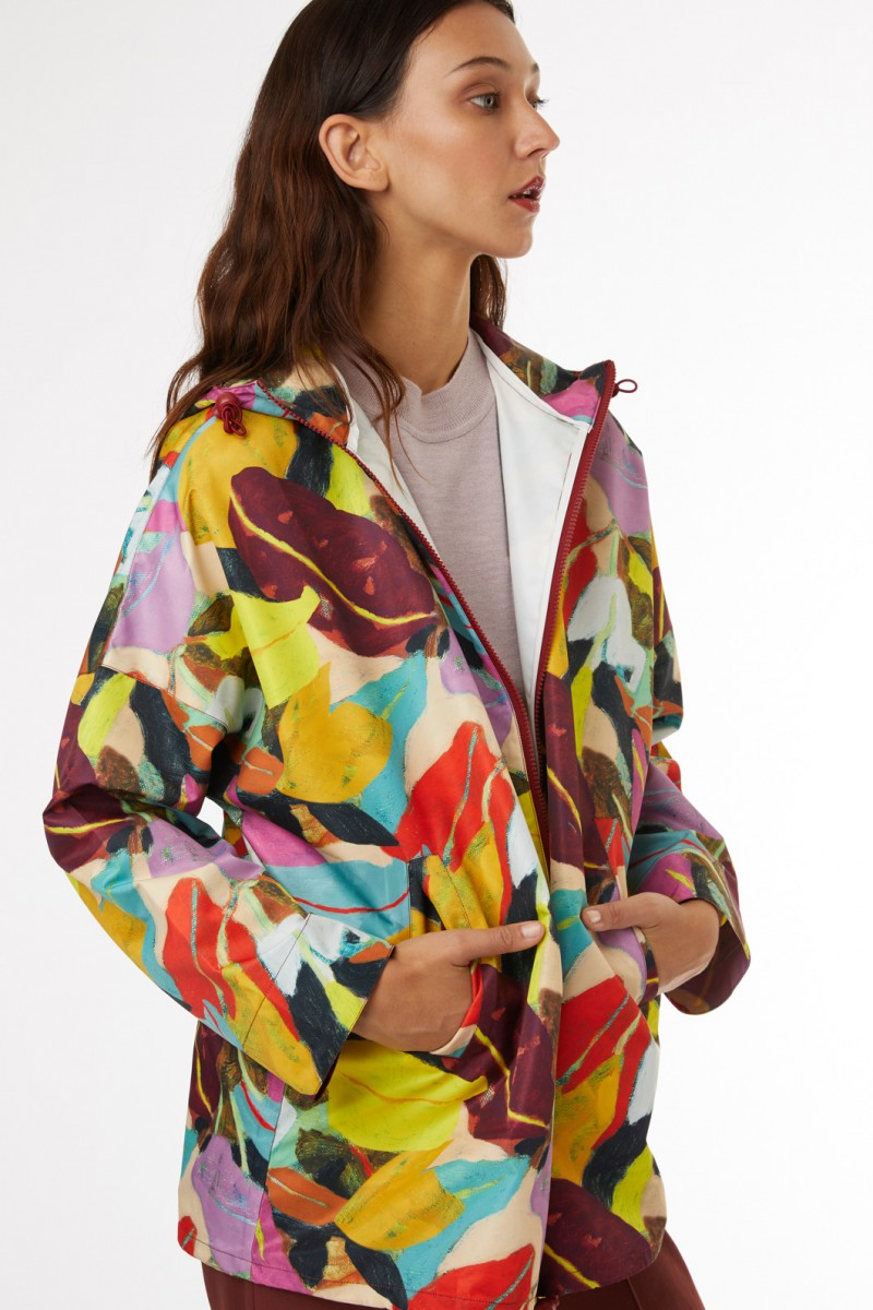 Broad Leaf Raincoat