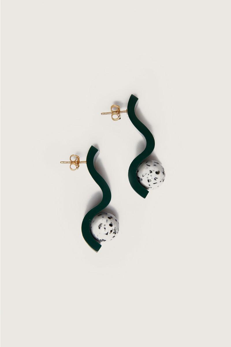 Curvy Column Earring