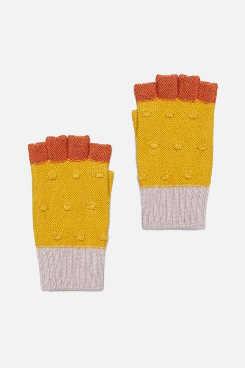 Pom Pom Gloves