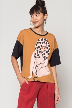 Curious Lady Oversized Tee