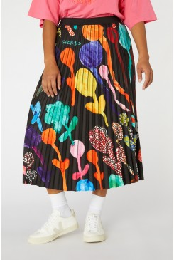 Georgias Garden Skirt